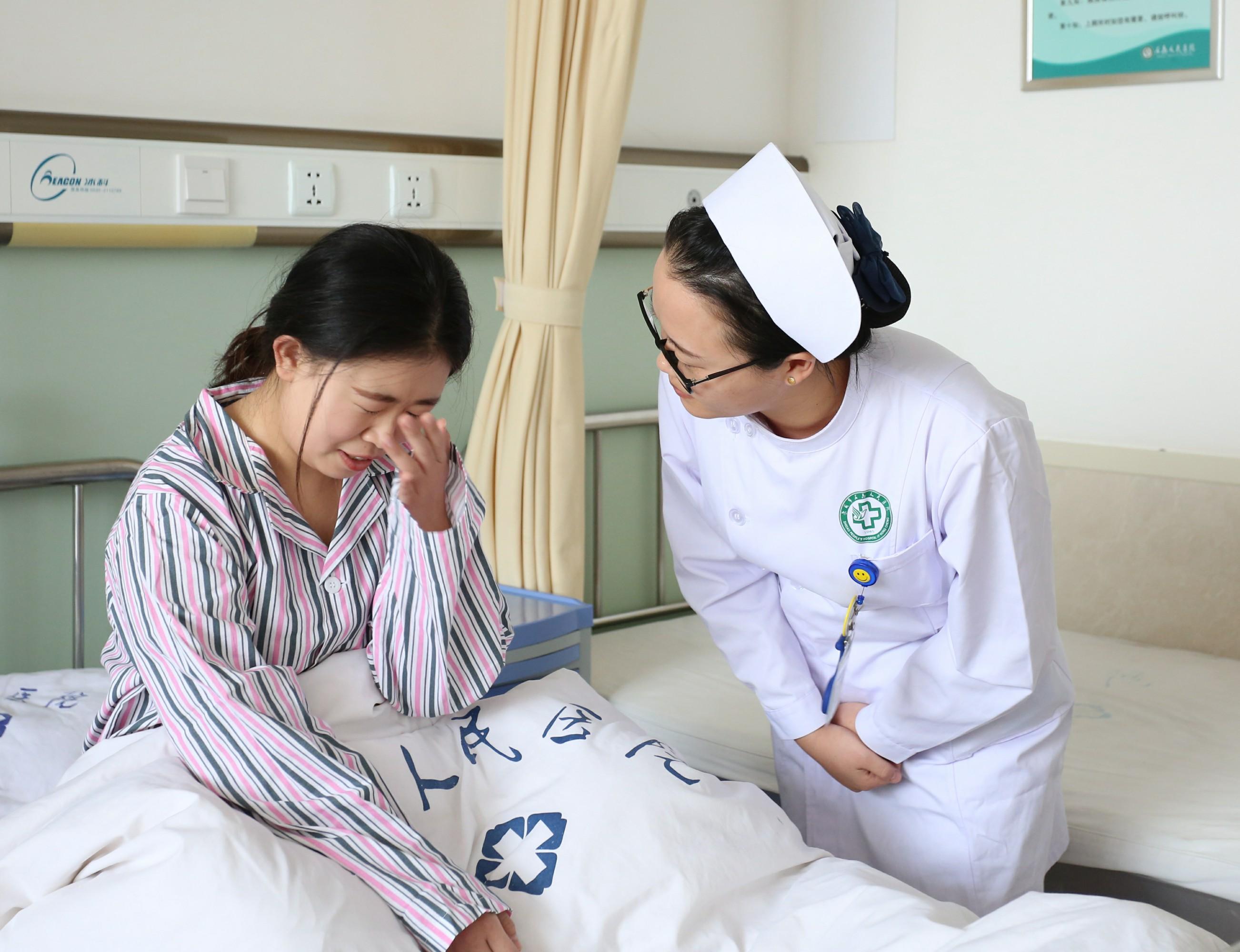 护理部开展住院患者自杀倾向及自杀后应急演练
