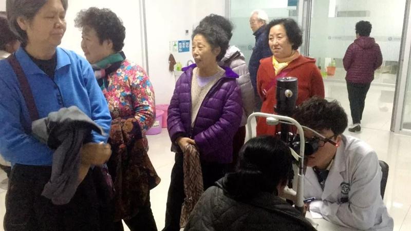 【创卫进行时】石岛人民医院送健康 走进老年公寓