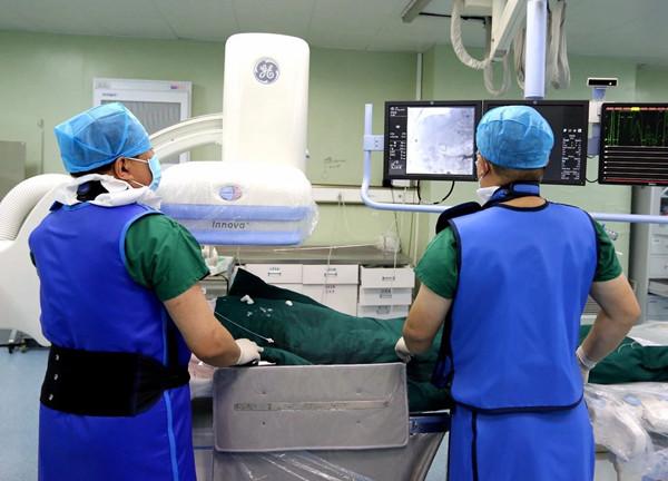 【优化就医体验】石岛医院完成首例十二指肠支架植入术
